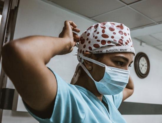 covid-19:-esclusi-centinaia-di-medici-e-infermieri-stranieri-dai-concorsi